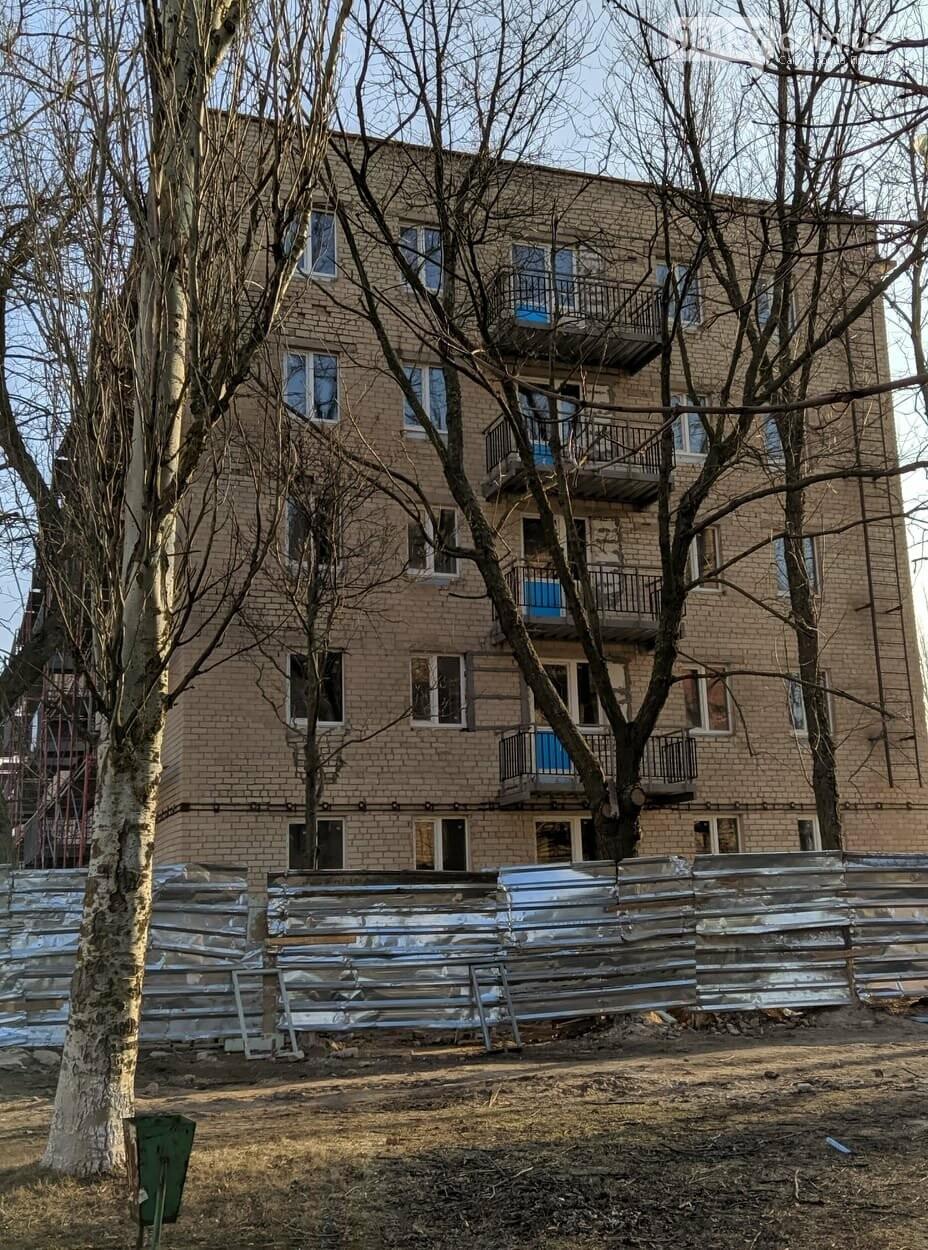 Реконструкція 50-квартирної будівлі для ВПЛ в Приморську вже скоро завершиться, фото-2
