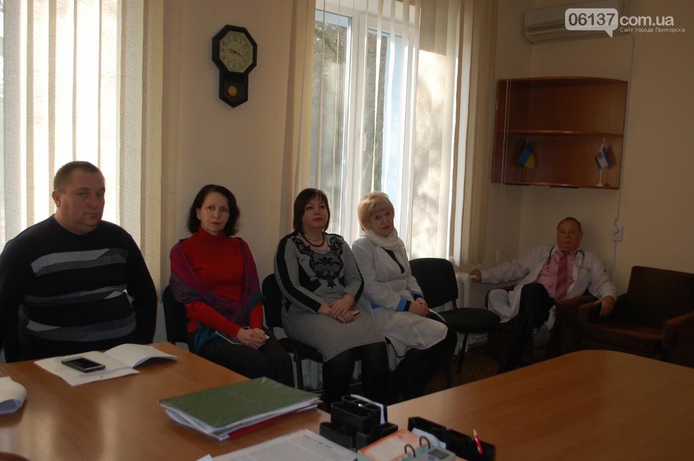 За дитину, якій не надали медичну допомогу заступилися активісти Приморська, фото-2