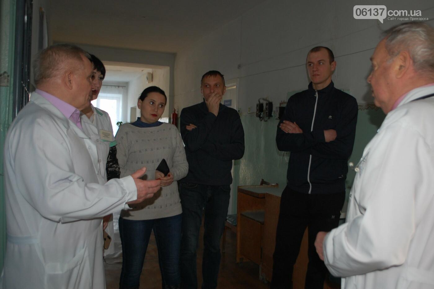 За дитину, якій не надали медичну допомогу заступилися активісти Приморська, фото-4