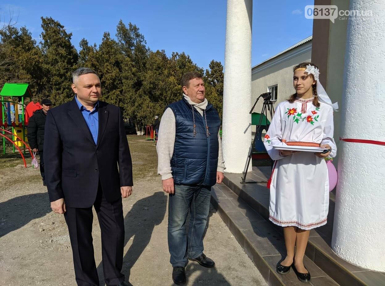В с.Райнівка  Приморського району урочисто відкрили відремонтований будинок культури, фото-1