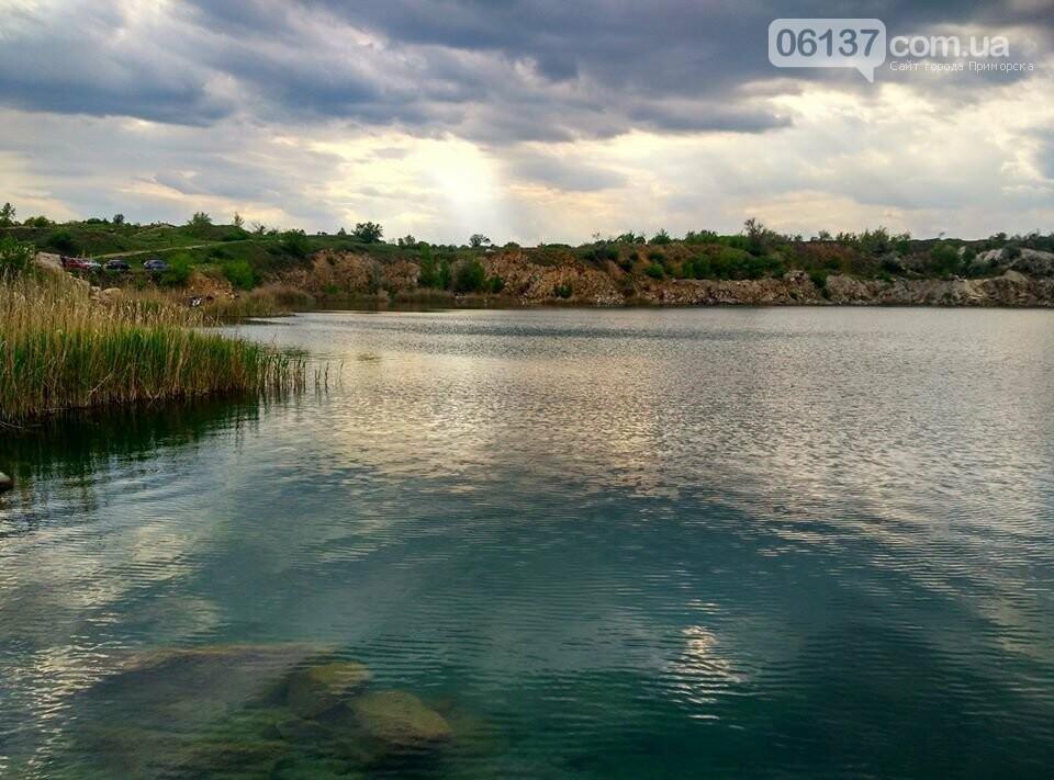 Запорожский кусочек Крыма: как выглядит сейчас живописный Натальевский карьер. Фото  , фото-1