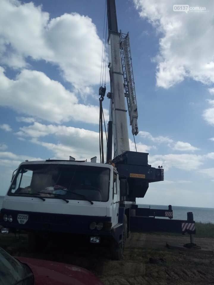 Незаконная стройка на берегу моря в Запорожской области угрожает Молочному лиману. Фото, фото-1