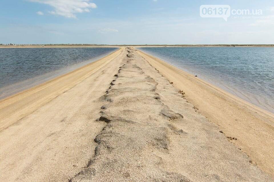 Запорожский фотограф сделал потрясающие снимки озера Сиваш и Арабатской стрелки. Фото  , фото-7