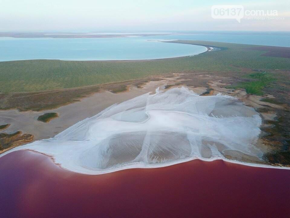 Запорожский фотограф сделал потрясающие снимки озера Сиваш и Арабатской стрелки. Фото  , фото-17