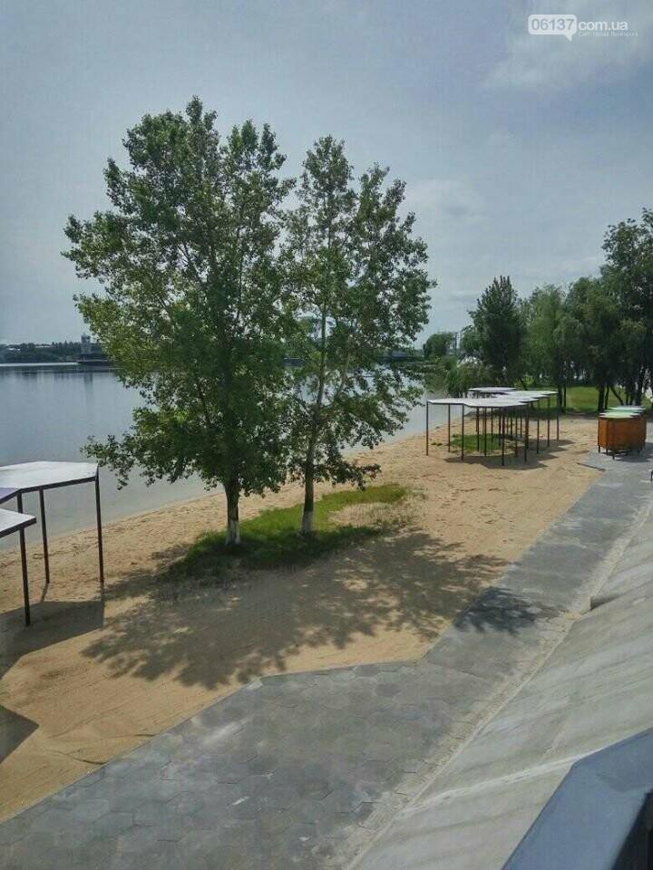 В Запорожье завершили реконструкцию Правобережного пляжа: чего не хватает для открытия. Фото , фото-7
