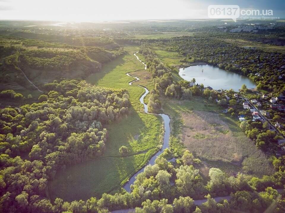 Запорожский фотограф показал живописность природных оазисов города с высоты. Фото , фото-1