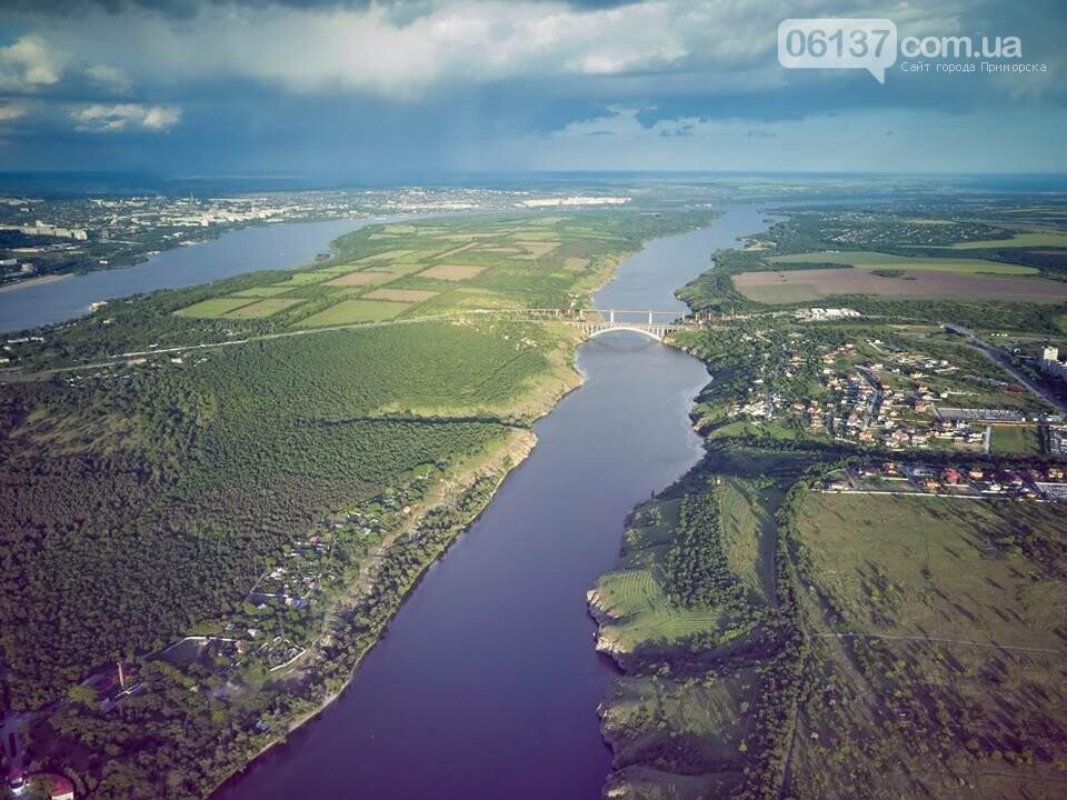 Запорожский фотограф показал живописность природных оазисов города с высоты. Фото , фото-2