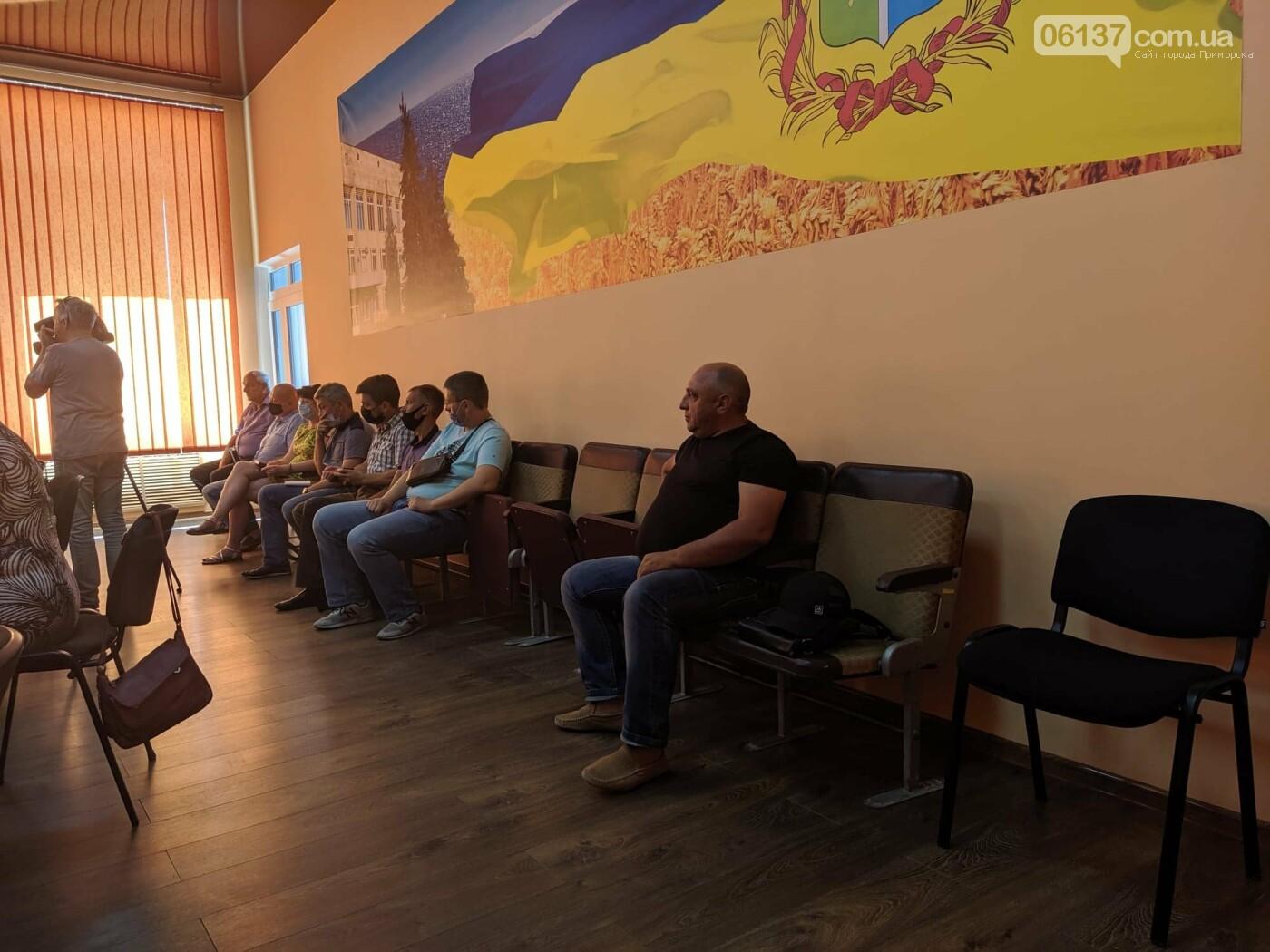 В Приморске народные протесты против сжигания стерни на полях переросли в конструктивный диалог . Фото, видео, фото-3