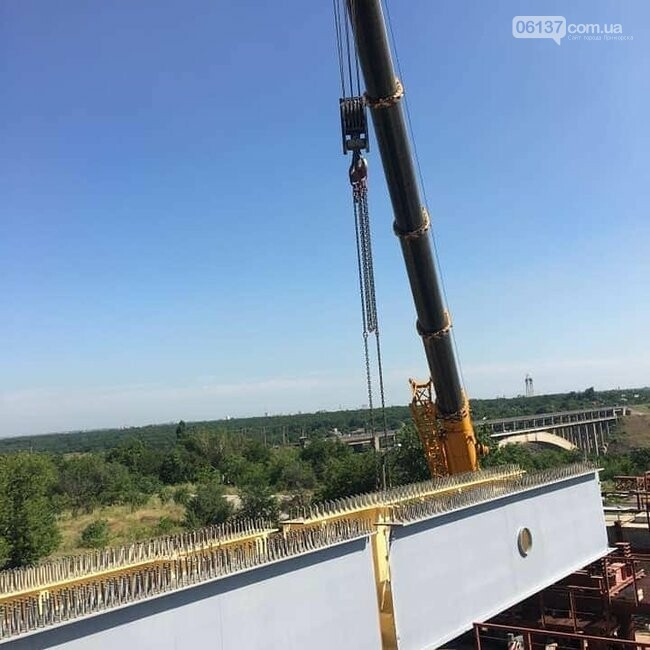 Запорожский мост скоро соединит две части суши. Фото, фото-8