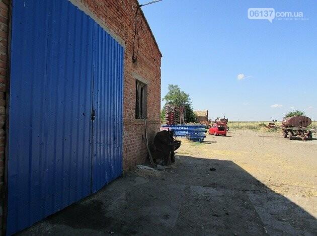 В Приморську Запорізької області  вибухом гранати відірвало ногу депутату райради, фото-1