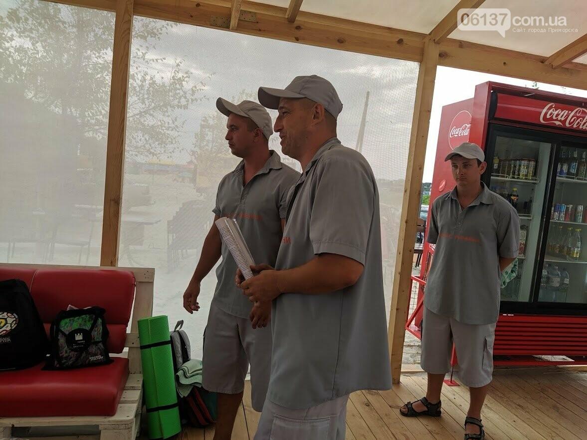 У Приморську рятувальники навчали правильно поводитися на морі, фото-4