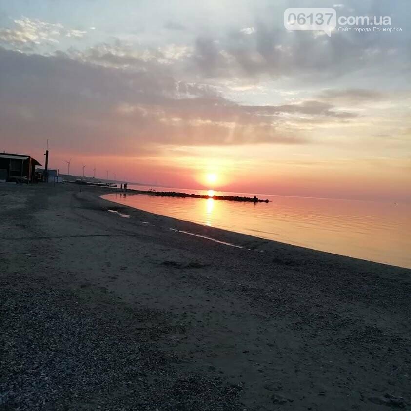 Смерч на центральном пляже Приморска Запорожской области. Фото и видео последствий., фото-1
