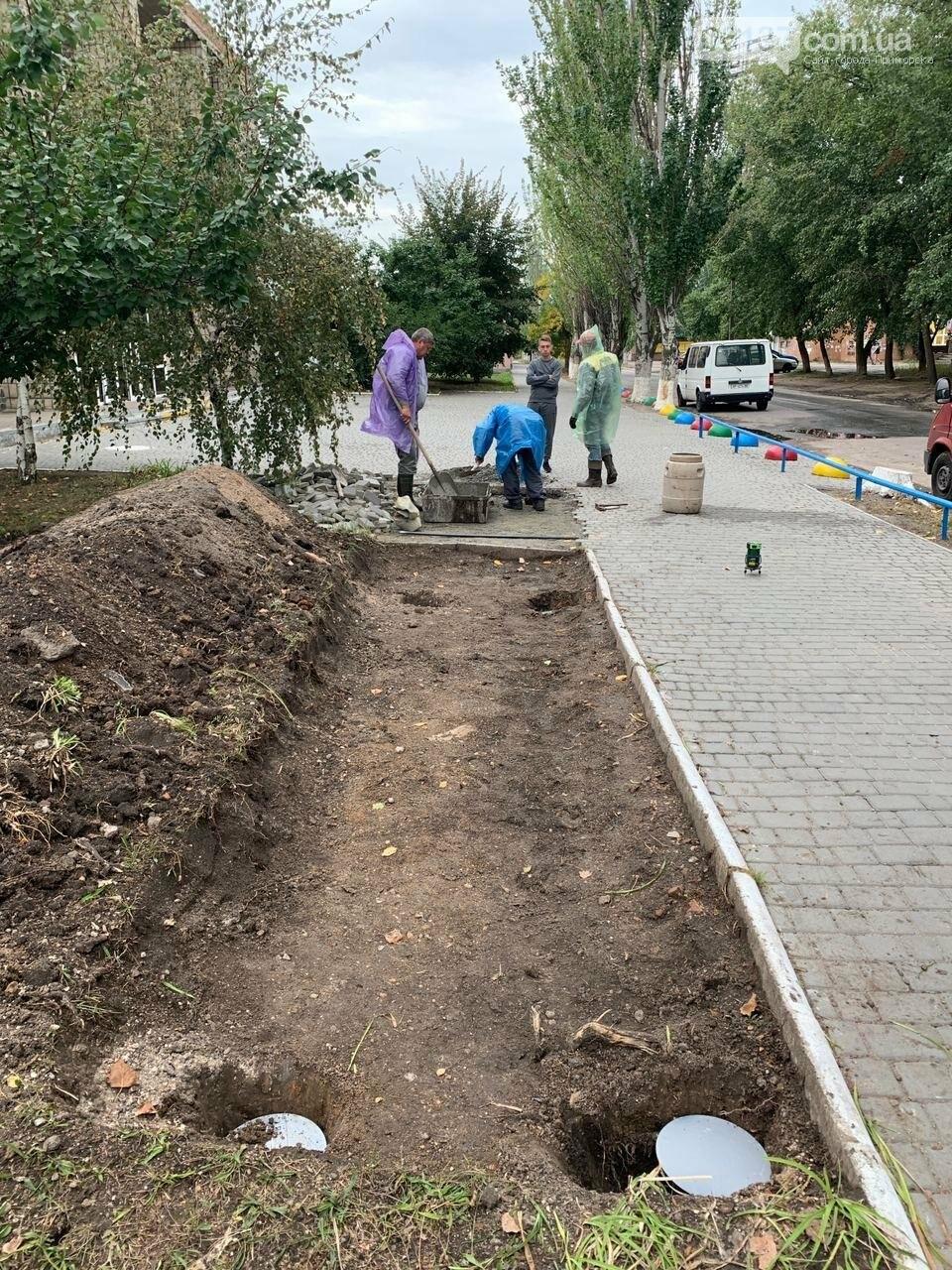 Новые современные велопарковки в Бердянске, фото-2