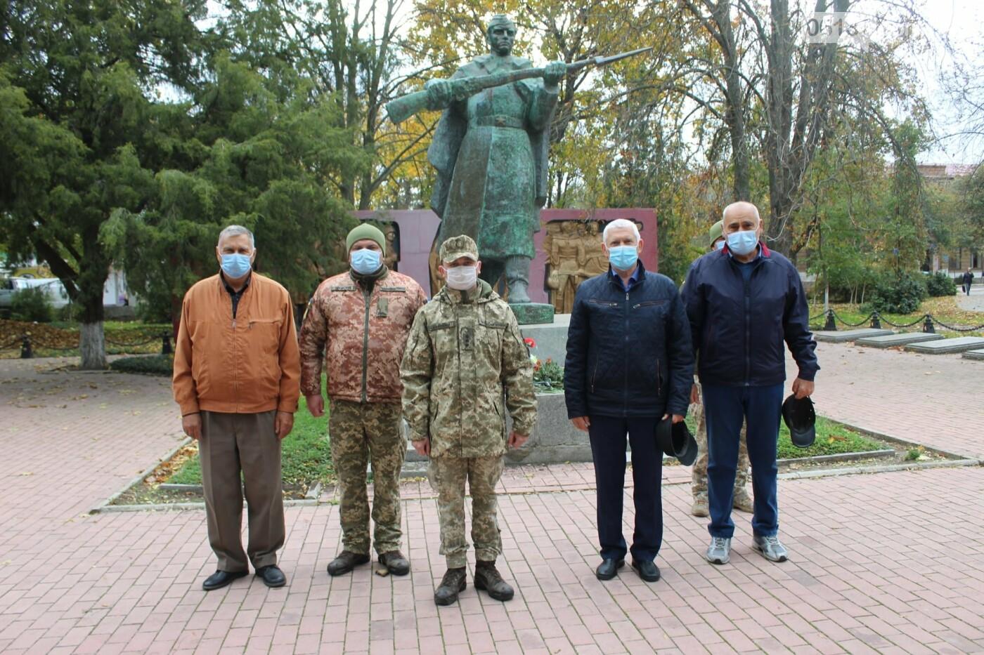 В Приморську провели мітинг присвячений Дню визволення України, фото-1