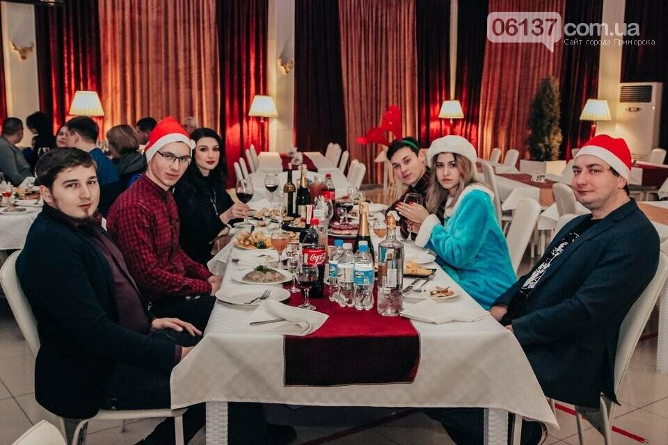"""В """"Прибое"""" ярко празднуют новогодние праздники. Фото  , фото-2"""