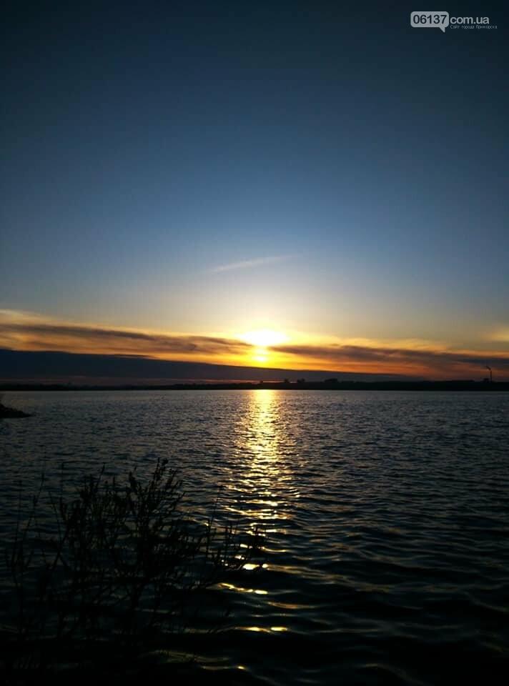 Солнце и лед: рассвет и закат на выходных в Запорожье. Фото  , фото-4