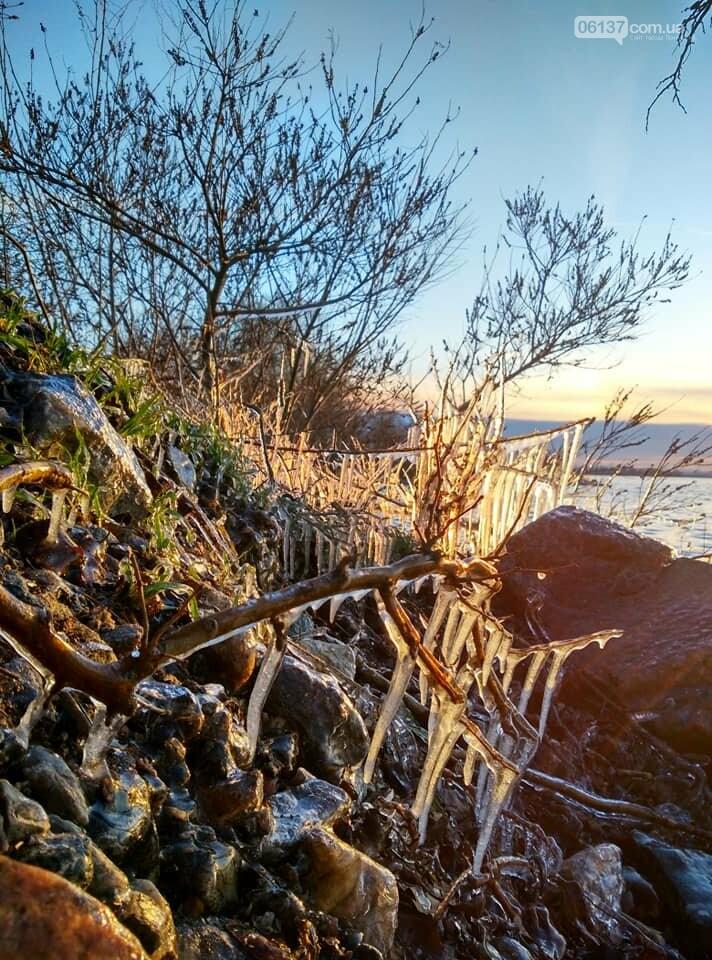 Солнце и лед: рассвет и закат на выходных в Запорожье. Фото  , фото-9