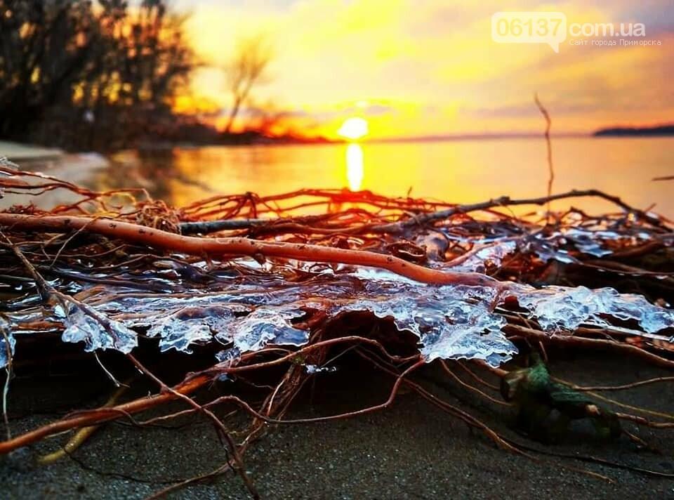 Солнце и лед: рассвет и закат на выходных в Запорожье. Фото  , фото-19