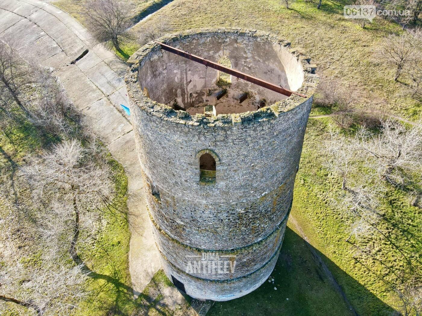 Блогер из Запорожской области показал, как выглядит старинная дозорная башня с высоты. Видео, фото-3