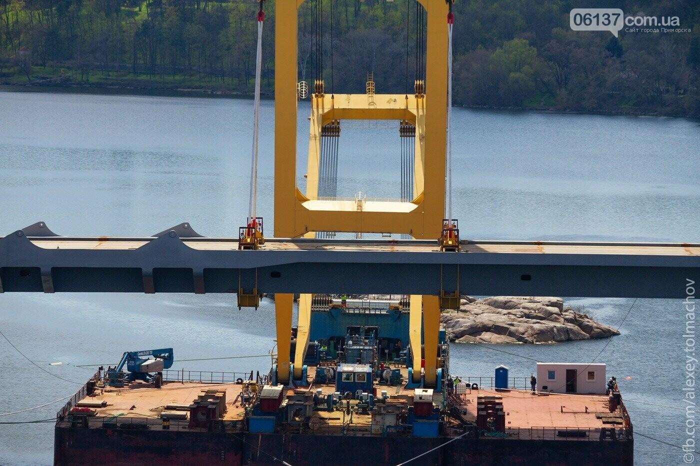 Историческое событие в Запорожье: смонтирован первый сегмент нового вантового моста. Фото, фото-11