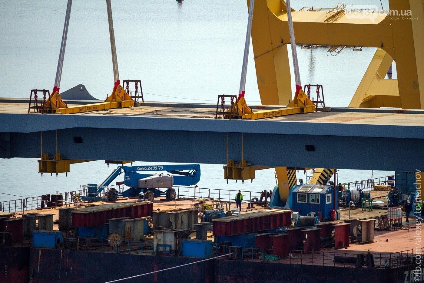 Историческое событие в Запорожье: смонтирован первый сегмент нового вантового моста. Фото, фото-19