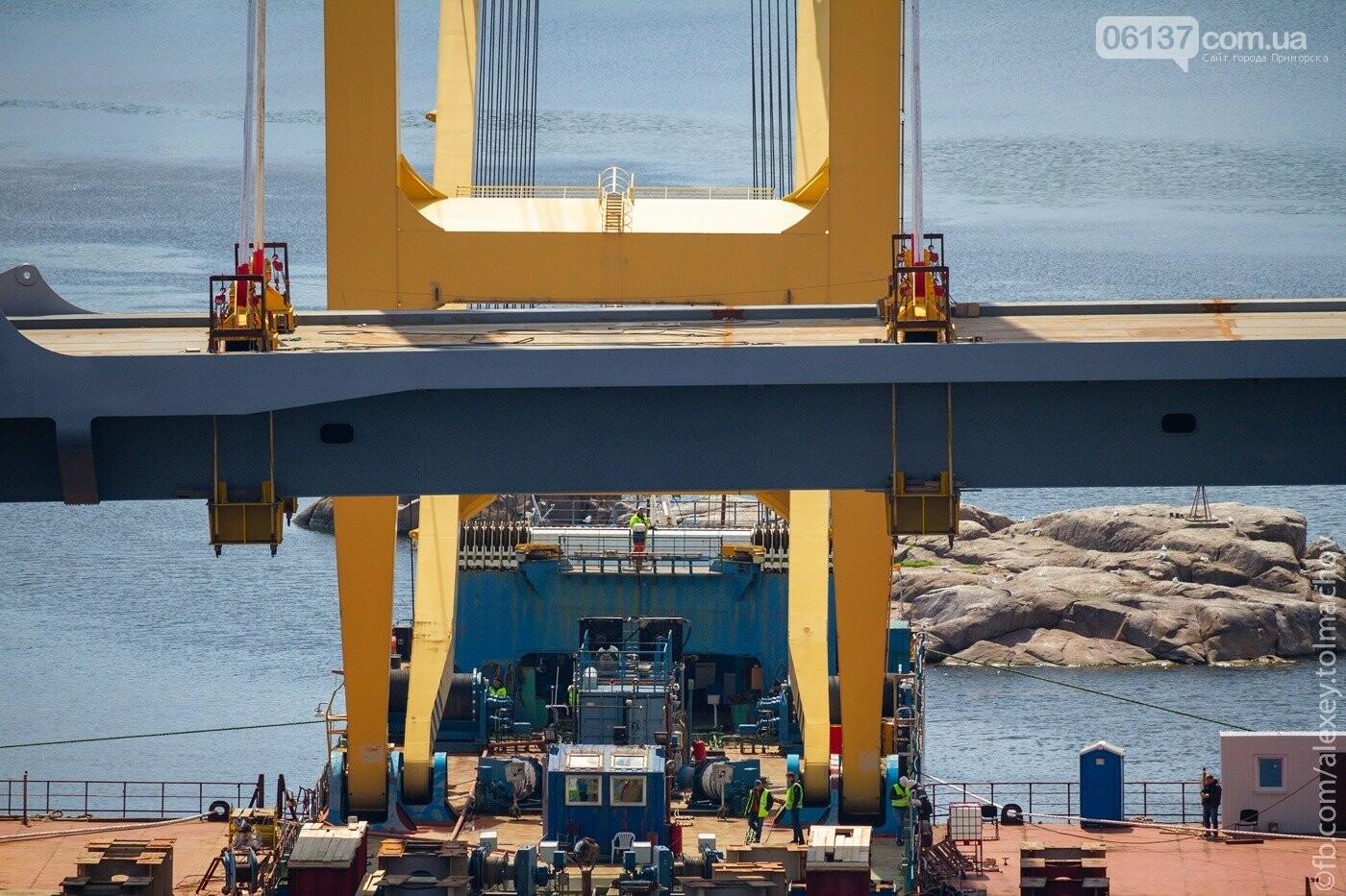 Историческое событие в Запорожье: смонтирован первый сегмент нового вантового моста. Фото, фото-22