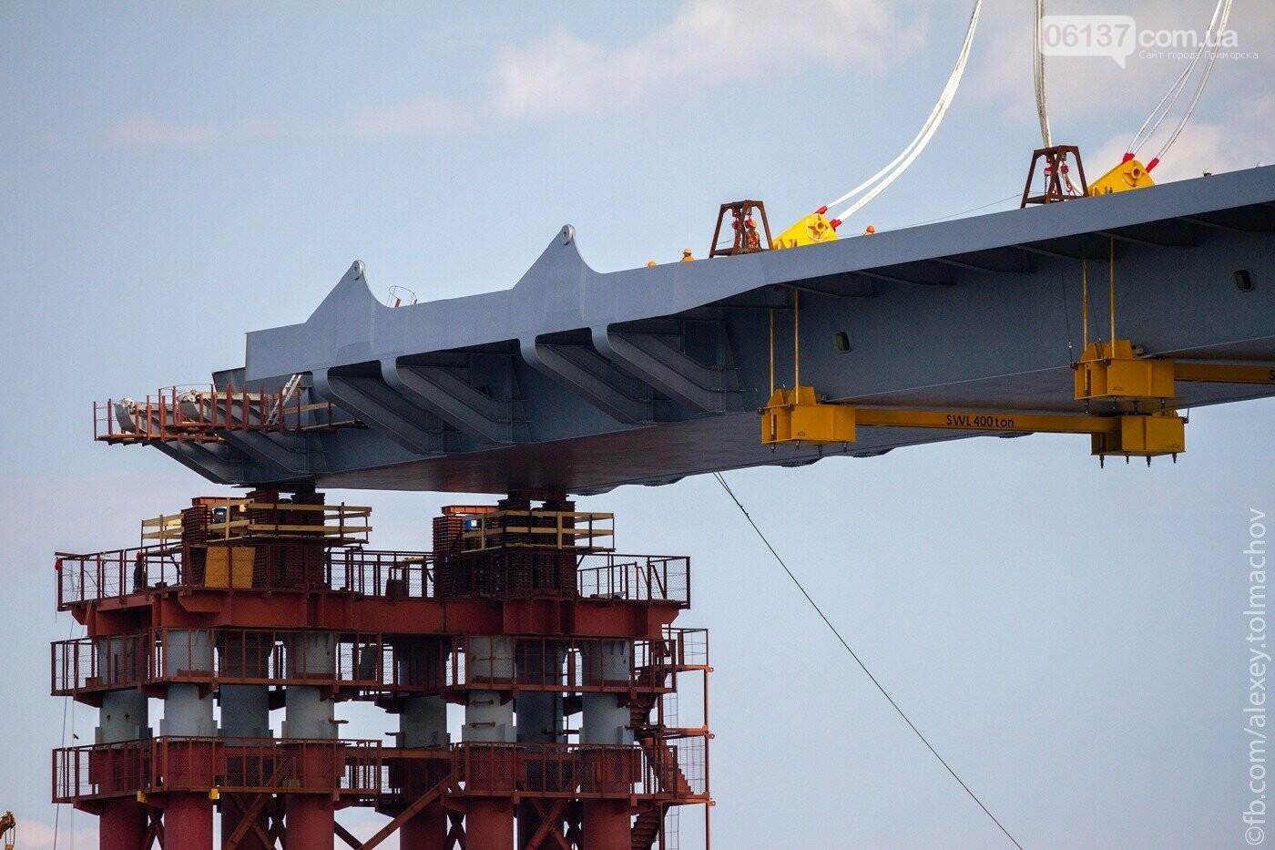Историческое событие в Запорожье: смонтирован первый сегмент нового вантового моста. Фото, фото-25