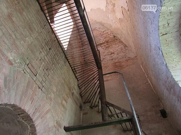 На Запоріжжі реставрують старовинний храм. Фото/Відео , фото-5