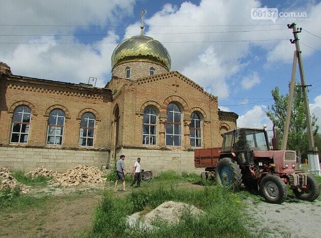 На Запоріжжі реставрують старовинний храм. Фото/Відео , фото-7